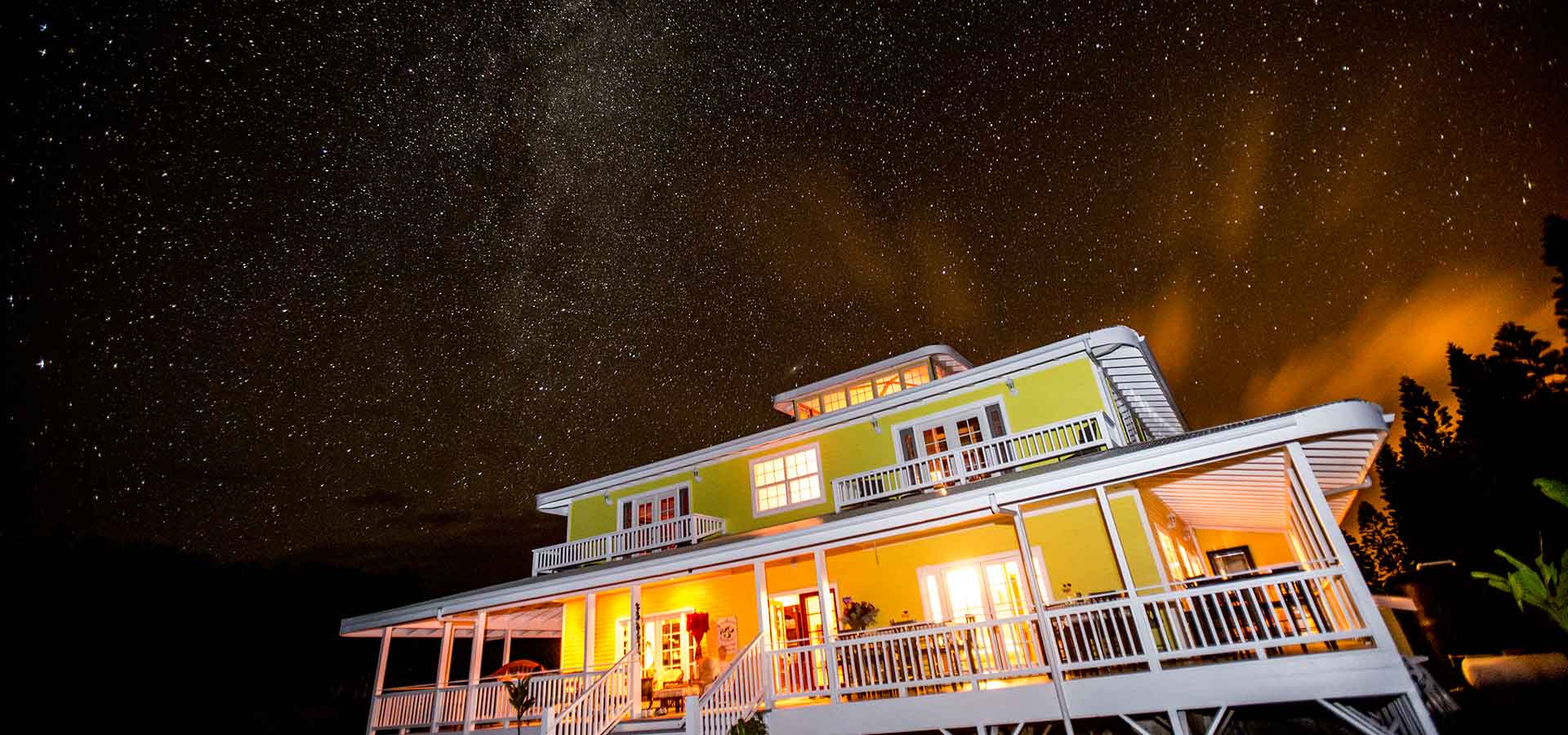 What a night sky at Kalaekilohana Inn & Retreat at Na`alehu, Hawaii